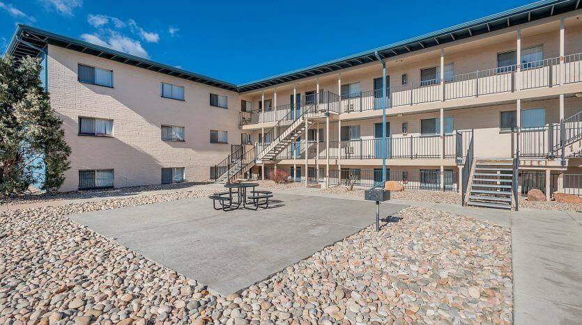 Foothills West Apartments Acquired for $3,550,000